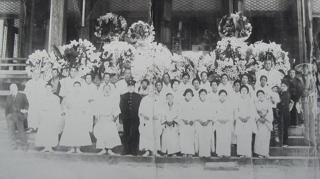 昔の葬式(白装束)